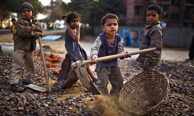 LA INFANCIA EN LA INDIA