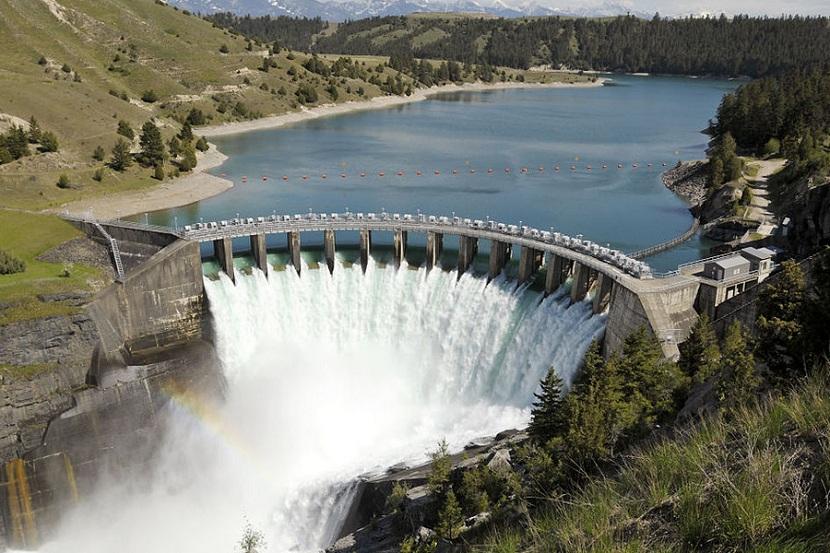 Hydroelectric power station. Source: renovablesverdes.com.